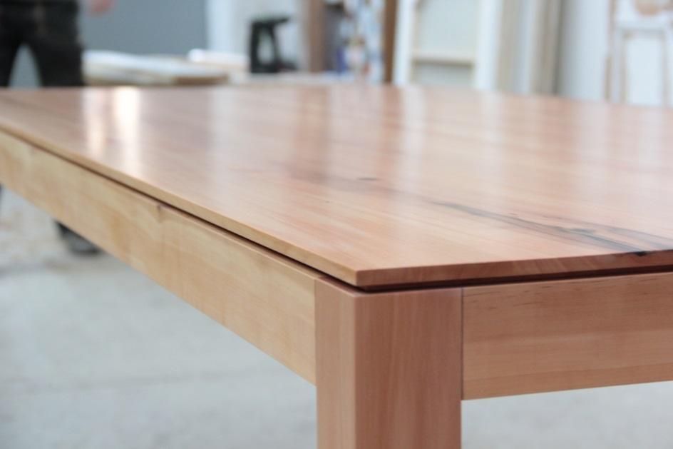 esstisch aus elsbeere birnbaum dein tischler in. Black Bedroom Furniture Sets. Home Design Ideas