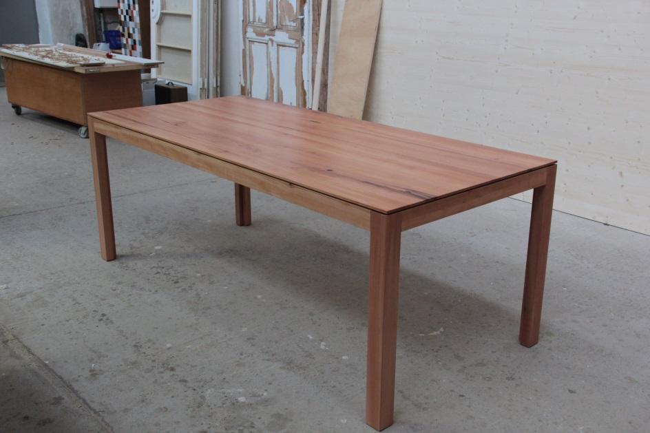 esstisch aus elsbeere birnbaum dein tischler in leipzig dein tischler in leipzig. Black Bedroom Furniture Sets. Home Design Ideas