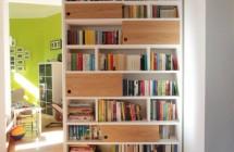 b cherregal mit schiebet ren aus eiche dein tischler in leipzig dein tischler in leipzig. Black Bedroom Furniture Sets. Home Design Ideas