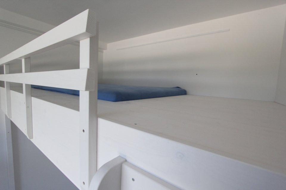 hochbett ber einer t r dein tischler in leipzig dein. Black Bedroom Furniture Sets. Home Design Ideas