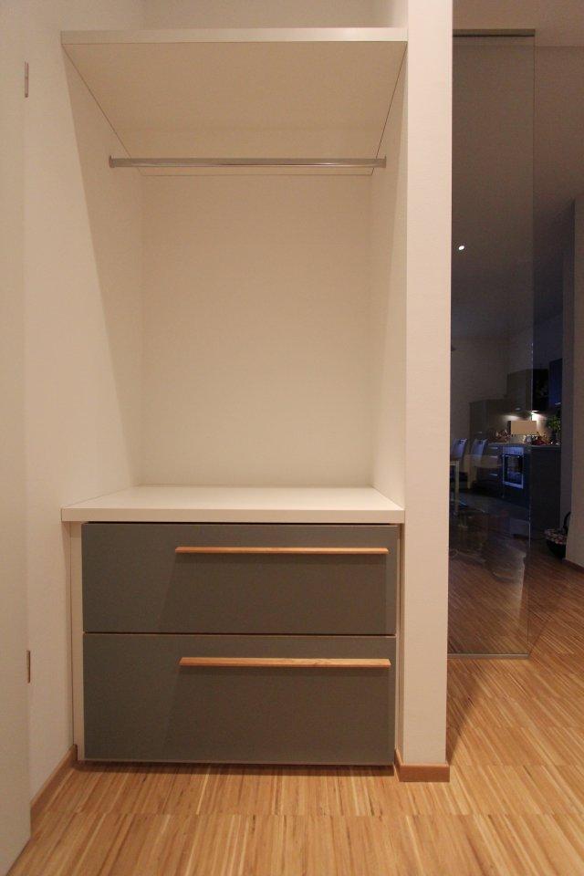 garderobe mit schuhschrank in einer nische dein tischler. Black Bedroom Furniture Sets. Home Design Ideas