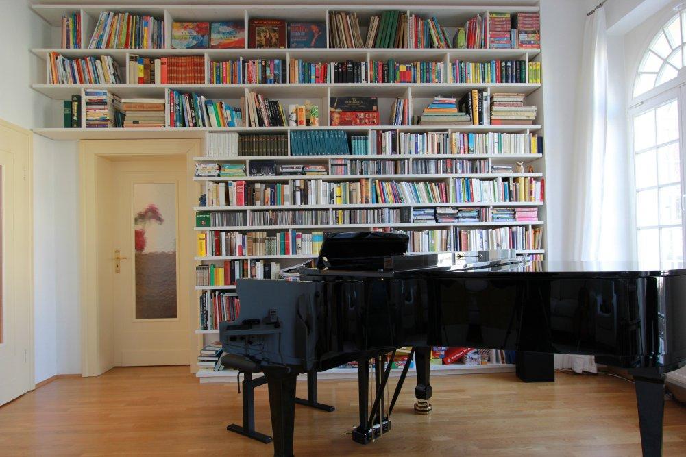 Bücherregal Von Wand Zu Wand Von Boden Bis Zur Decke Dein
