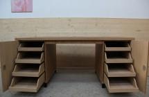 Schreibtisch Schubkästen