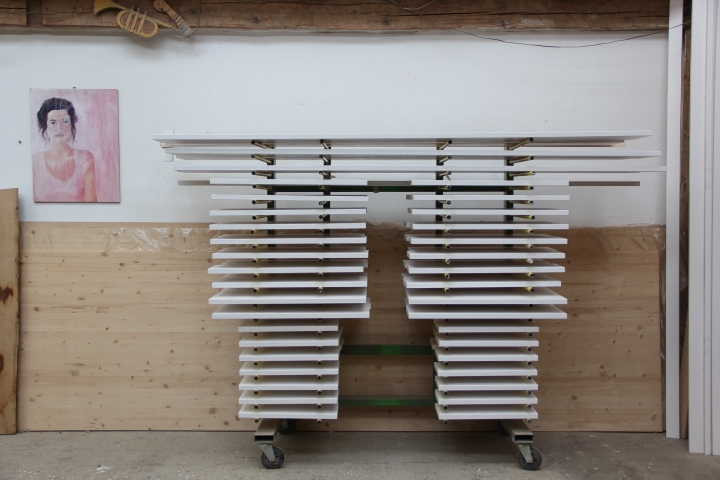 b cherregal wei einbauregal f r b cher dein tischler in leipzig dein tischler in leipzig. Black Bedroom Furniture Sets. Home Design Ideas